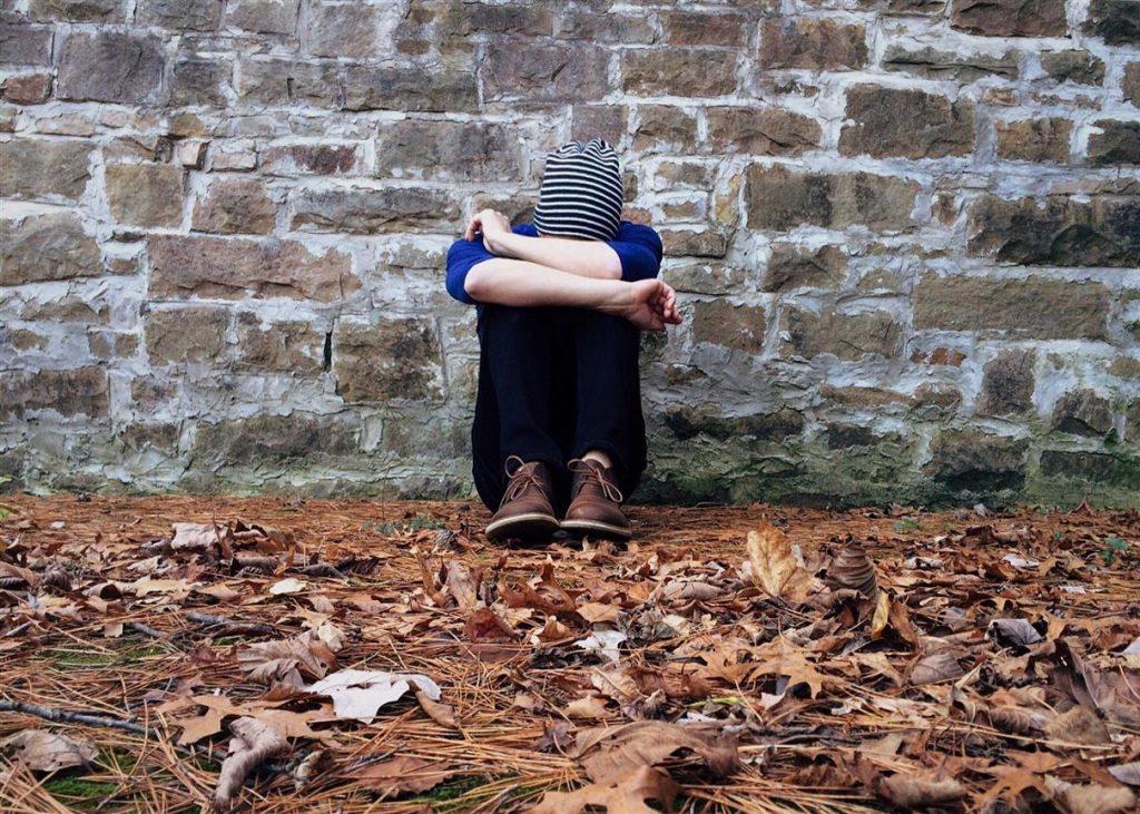 Bezradnik tłumacza: 5 etapów radzenia sobie z krytyką - zwątpienie
